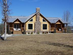 Residential Sold: 257 Bobolink Dr