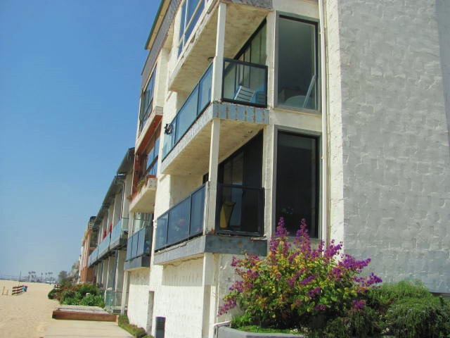 Marina Del Rey Seaside Condominiums For Sale or Lease