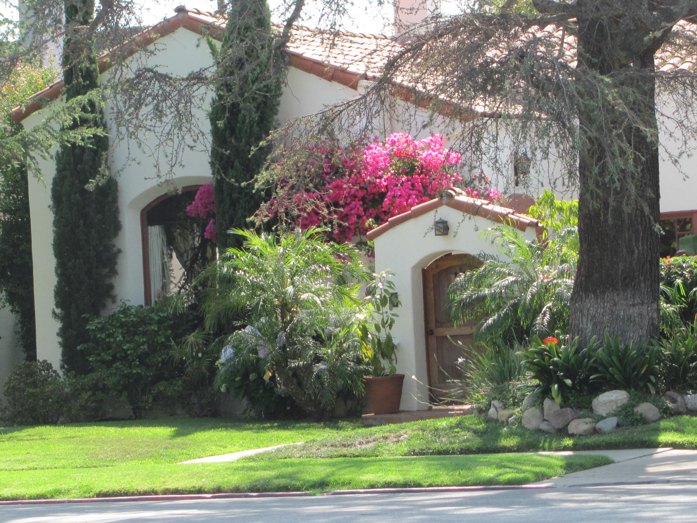 history miracle mile real estate