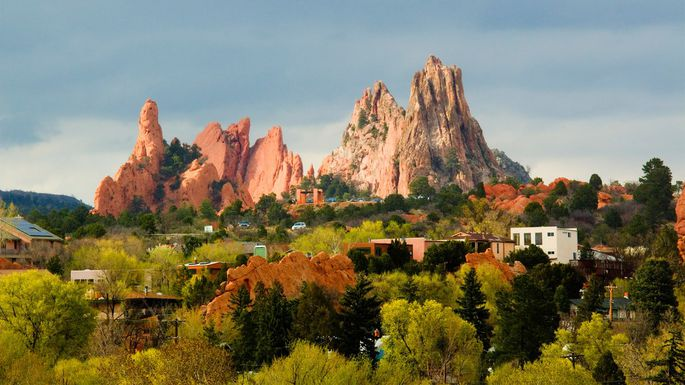 Residential area with view of Garden of the Gods in Colorado Springs