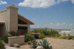 Residential Sold: 560 E Glenhurst Dr