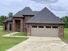 Residential Sale Pending: 1013 Cypress Bend Drive