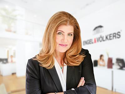 Michelle Stocker