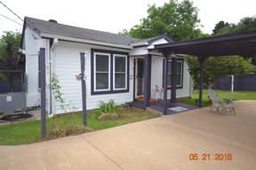 Single Family Home Sold: 505 E Simmons Street