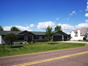 Residential Sold: 910 W. Chippewa St.