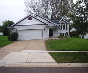 Residential Sold: 1619 Old English Rd