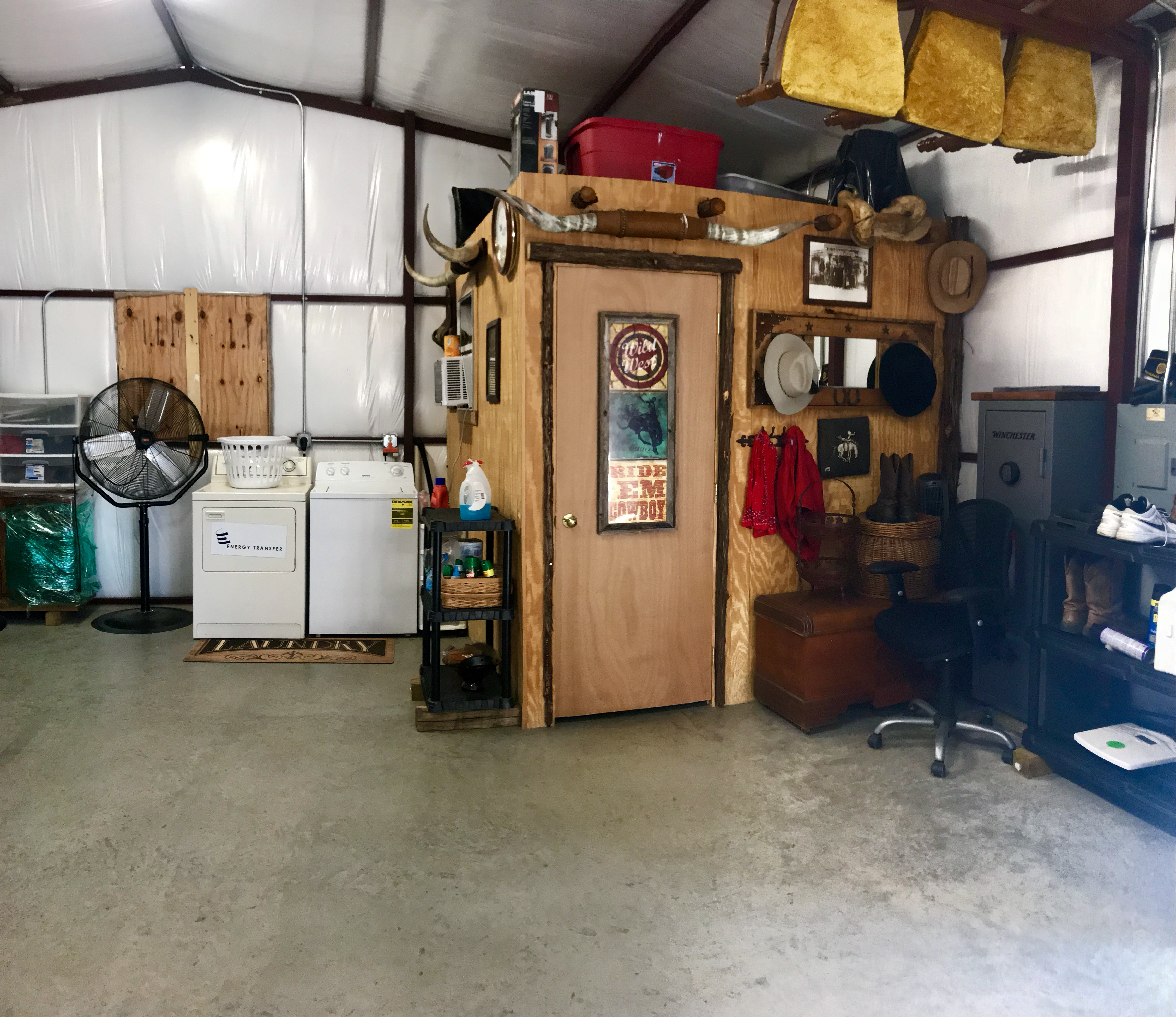Another view of workshop building at Rural Lake Whitney Home for Sale