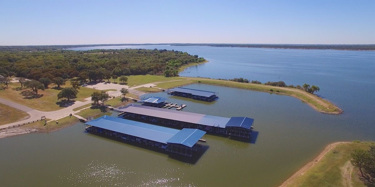 White Bluff Marina on Lake Whitney