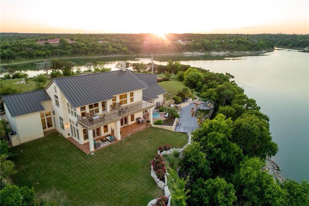 Private Peninsula Home on Lake Whitney