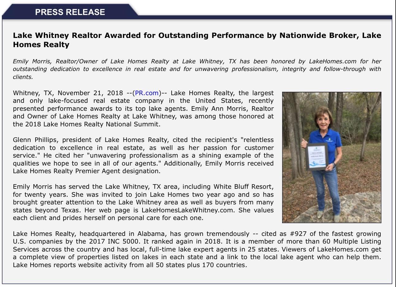 Emily Morris received Lake Homes Aqua Award and Premier Agent designation