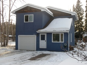 Single Family Home Sold: 1708 Alaska Way