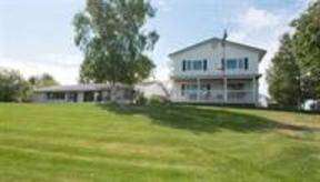 Duplex Sold: 4365 Lakeview Terrace