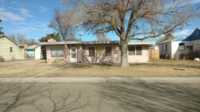 Single Family Home Sold: 1826 Elm Ave