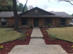 Single Family Home Sold: 4800 Lake Arrowhead Dr