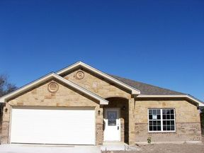 Single Family Home Sold: 1816 Pecan Creek St