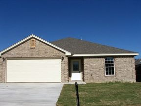 Single Family Home Sold: 1900 Pecan Creek St