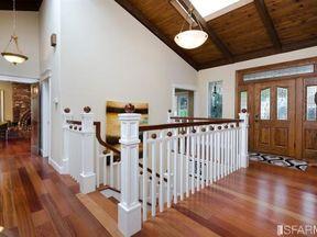 Single Family Home Sold: 252 Gaslight Ln