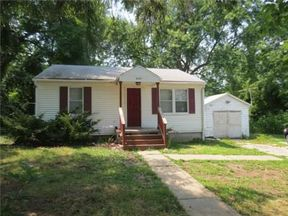 Single Family Home Sold: 5130 N Bellaire Ave