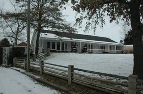 Single Family Home Sold: 5446 SE Meadow Ln