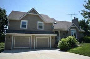 Single Family Home Sold: 13223 Clementine Rd