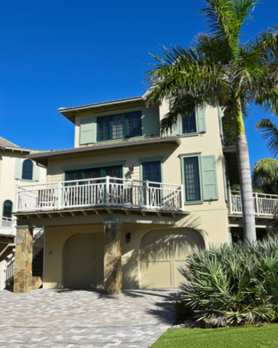 Homes for Sale in Historic Kenwood, FL