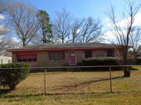 Single Family Home Sold: 118 Blossom Street