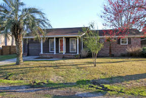 Single Family Home Sold: 689 Windward Court