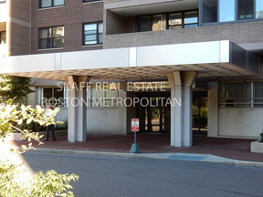 Rental Rented: 9 Hawthorne Pl #6J