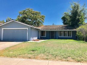 Single Family Home Sold: 952 Sunnyoak Way