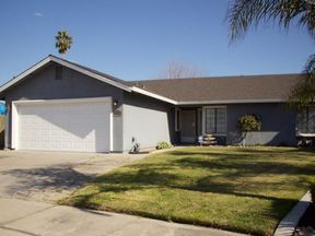 Single Family Home Sold: 1410 Sherry Ct