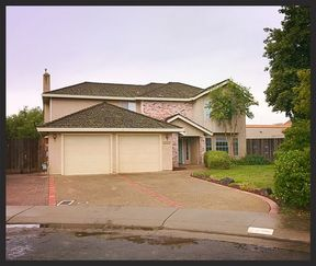 Single Family Home Sold: 2225 Chaparral Ct