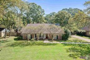 Single Family Home Sold: 5629 Riverbend Blvd