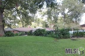 Single Family Home Sold: 998 W Lakeview Dr