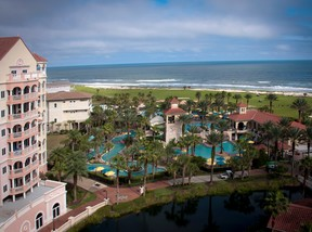 Condo/Townhouse Sold: 200 Ocean Crest Drive #934N