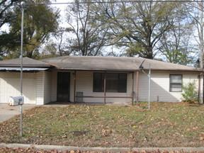 Rental For Rent: 160 Cherry Lane