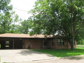 Rental For Rent: 789 E Texas