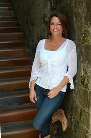 Amy Lulfs, REALTOR/BROKER ASSOCIAT