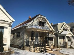 Single Family Home Sold: 1326 W Euclid Ave