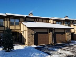 Condo/Townhouse Sold: 524 Manchester Ln