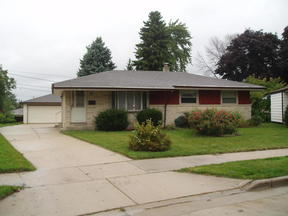 Single Family Home Sold: 5937 S. New York Ave