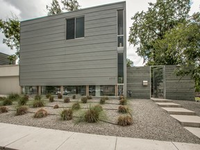 Half Duplex Sold: 4532 Deere