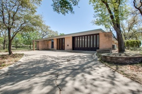 Single Family Home Sold: 2001 Oak Hill Road