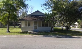 Residential Sold: 612 W. 7th St.