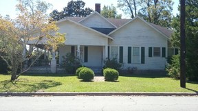 Residential Sold: 204 N Church St