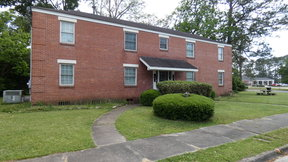 Baxley GA Multi Family Home For Sale: $184,900