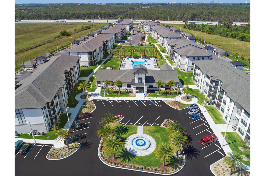Mosaic apartment community Ft Myers FL