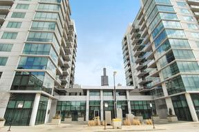 Condo/Townhouse Sold: 125 S Green St #1101A