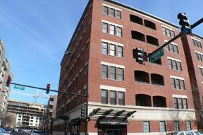 Condo/Townhouse Sold: 35 S Racine Ave # 5SE