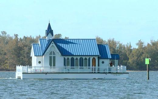Floating Chapel Makes Its Way Along Along The Intracoastal
