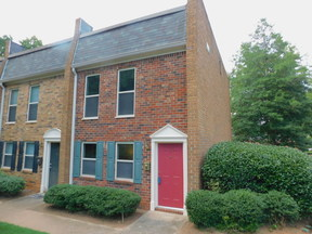 Condo/Townhouse Sale Pending: 125 N River Drive #A